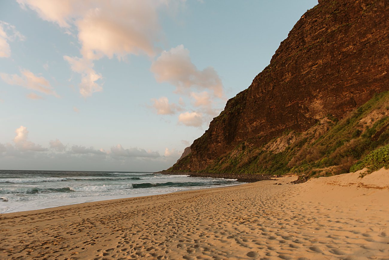 Beach camping in Hawaii, polihale state park hikes, kauai camping state of Hawaii parks